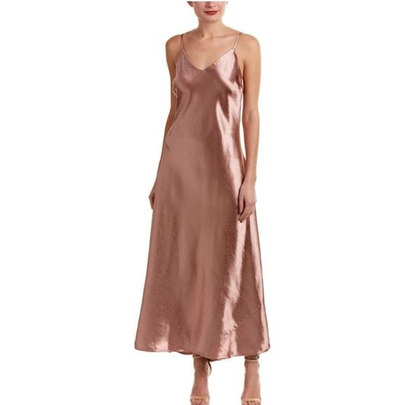 e0ca7b4ea36 NWT Vince Camuto Rose Taupe Maxi Dress